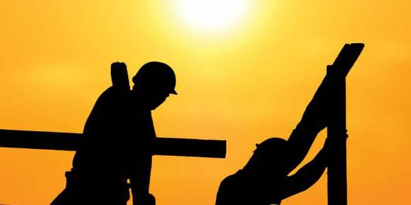 Këshilla sigurie se si të mbrohen punëtorët e ndërtimit nga i nxehti ekstrem